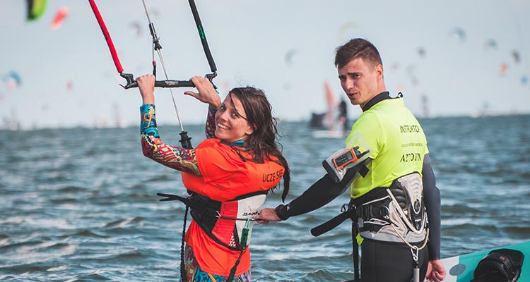 Szkoła Kitesurfingu Kite Zone na Kempingu Chałupy 3 - Hel