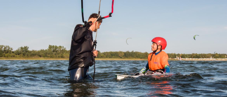 Kurs Kitesurfingu dla dzieci w kite zone