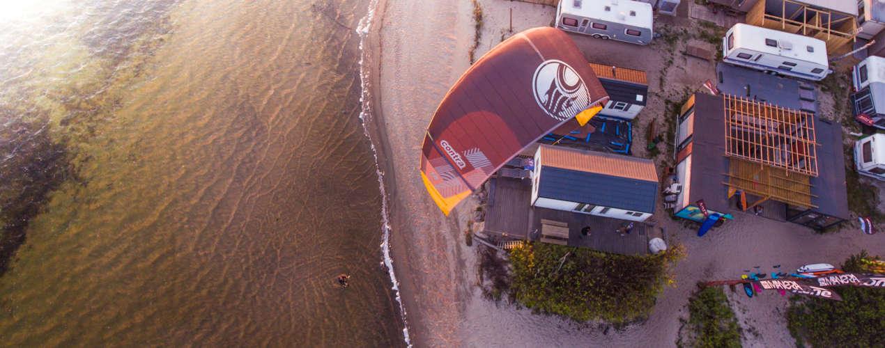 Zdjęcie z drona latawca Cabrinha Contra 2019